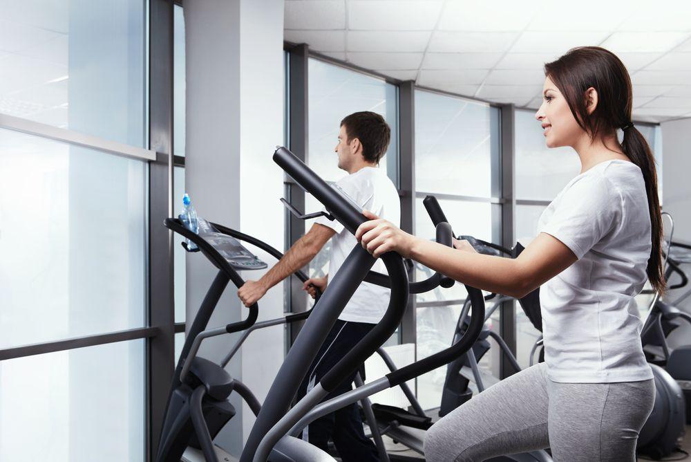 вес растет при занятиях на эллипсоиде салюты рук, исключением